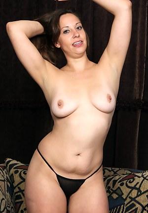Busty Cassandra Johnson in her lingerie