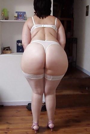 Pics milf pantie Girls In