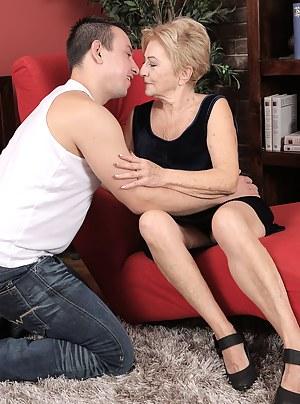 Mature GMILF Maya Lambert takes a younger man on for fun, sucking and fucking