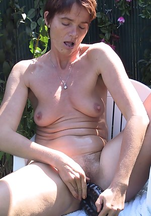 Horny housewife getting nasty in the garden