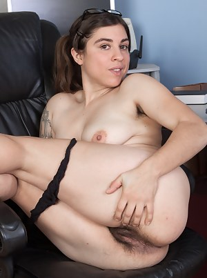 Wearing glasses only makes Mercedez hot, and in her black chair she looks erotic. She starts stripping naked, showing her hairy pits and then goes naked. Watch her spread her legs and you will love her too.