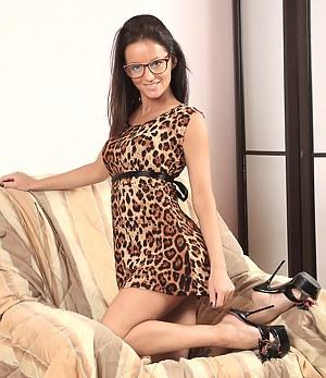 Hot 31 year housewife Barbie N slips her thongs over her hairless twat