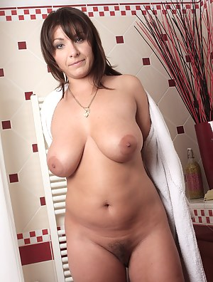 Sexy Sphia M from AllOver30 creams her large titties after her bath