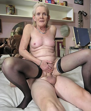 This mature couple gets it on all the way