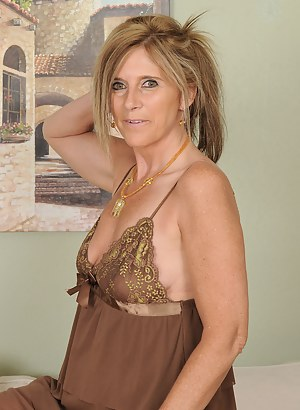 48 year old Amanda Jean from AllOver30 in a sexy beige nighty