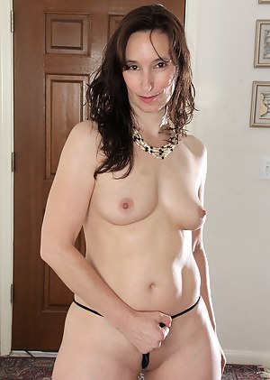 Horny 41 year old Celeste Carpenter showing off her mature ass