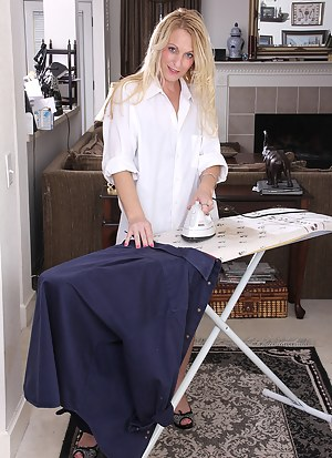 Horny MILF Jackie does the ironing and then shows off her nude body