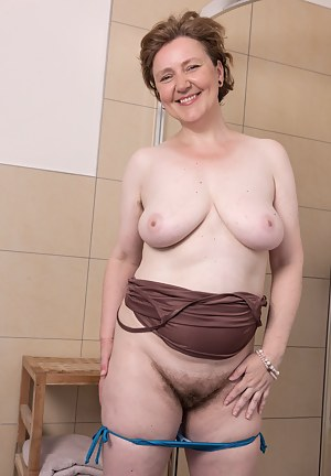 There is only one thing Hairy woman Romana Sweet likes better than to have her 38DD boobs played with. And that is for her hairy pussy to be played with while she takes a nice long shower.