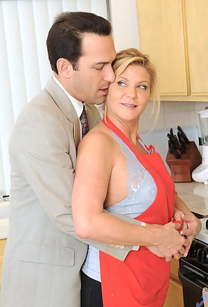 Check out this Anilos blonde mom as she gets seriously banged in the kitchen by her horny husband
