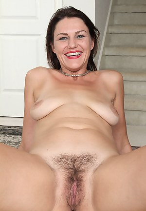 41 year old MILF Joanna Jakes slips off her dress and spreads for you