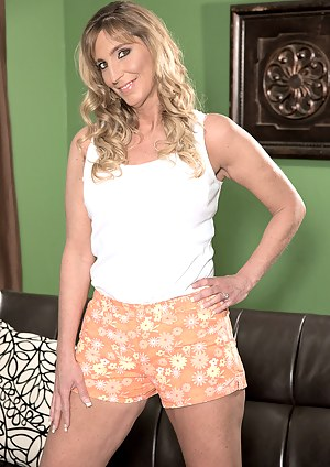 Lynn Wants You To Watch