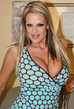 Kelly Madison in her sexy dress getting fucked.