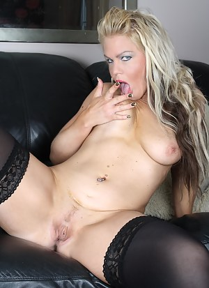 Blonde housewife playing with her pussy