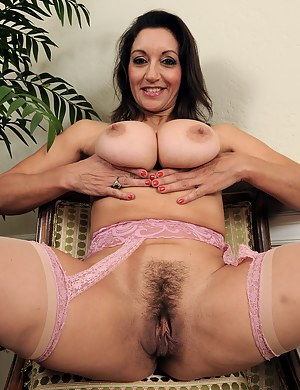 54 year old Persia from AllOver30 displaying her mature bush
